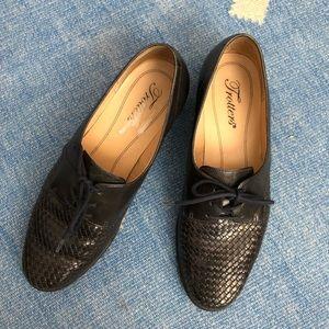 Vintage Trotters black women Oxford shoe 6.5